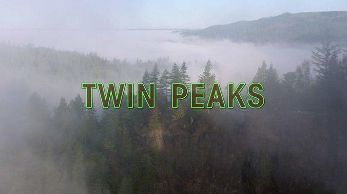 1200px-Twin_peaks_2017